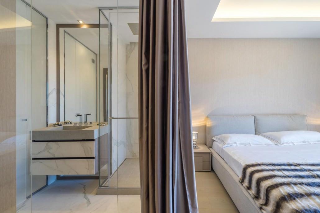 Apartment 1107 les ligures luxury villa club Ensuite to master bedroom