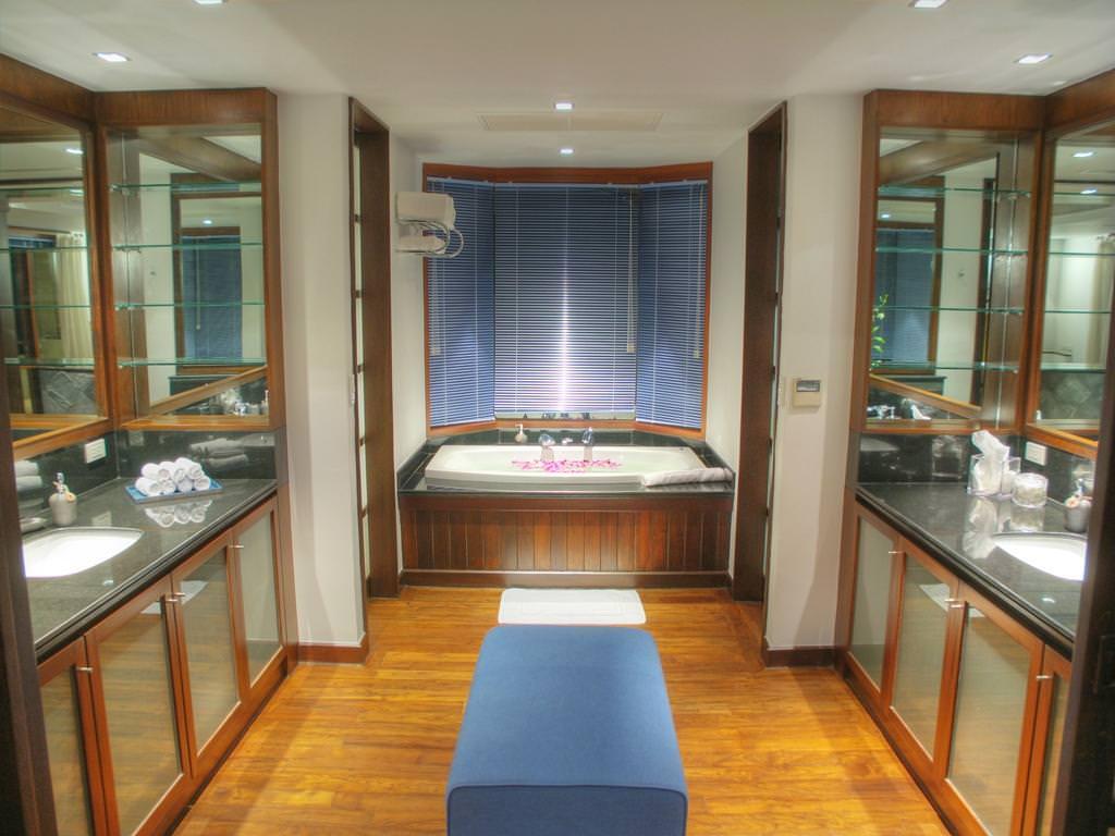 Bed 4 bath 3 luxury villa club for 3 4 bath